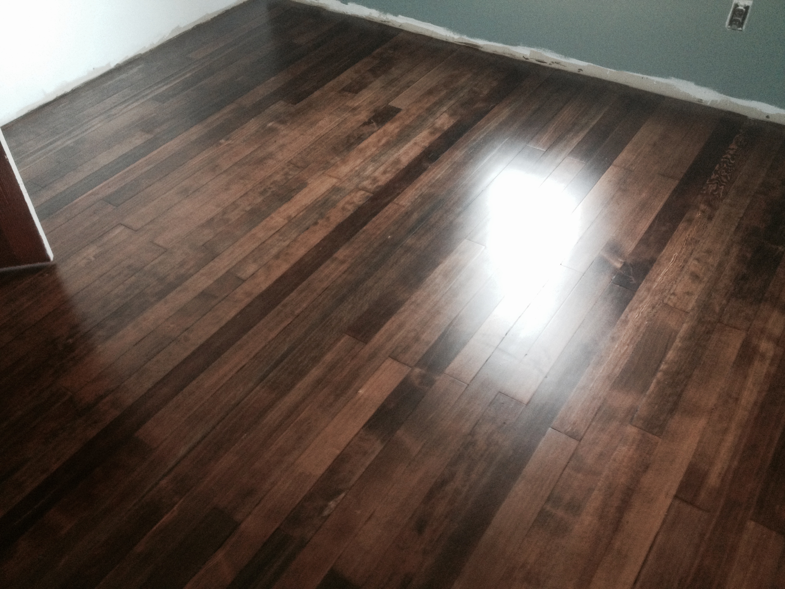 Floor finishes old hardwood floor finishes for Wood floor finishes